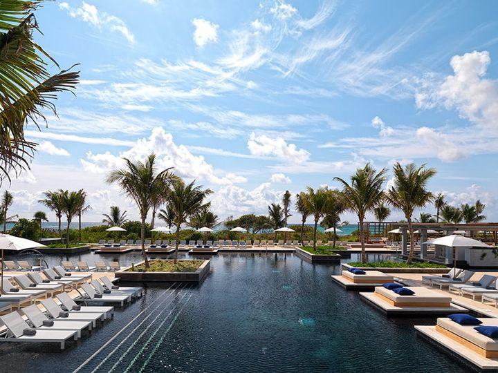 Tmx 20 87 Pool Unico Hotel 51 78996 161544747513487 Saint Petersburg, FL wedding travel