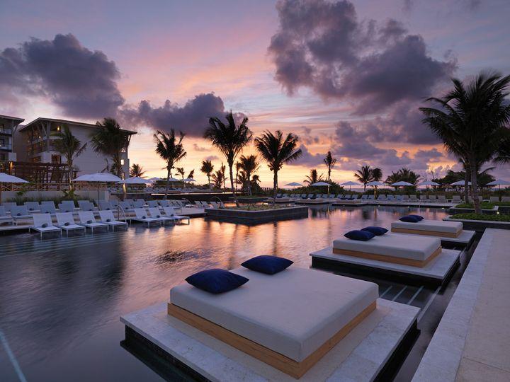 Tmx 2087 Pool Sunset 51 78996 161544747577277 Saint Petersburg, FL wedding travel