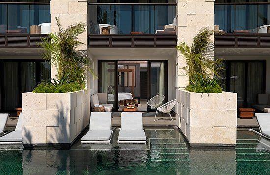 Tmx Alcoba Swim Up Pool Outside 51 78996 161544762798984 Saint Petersburg, FL wedding travel