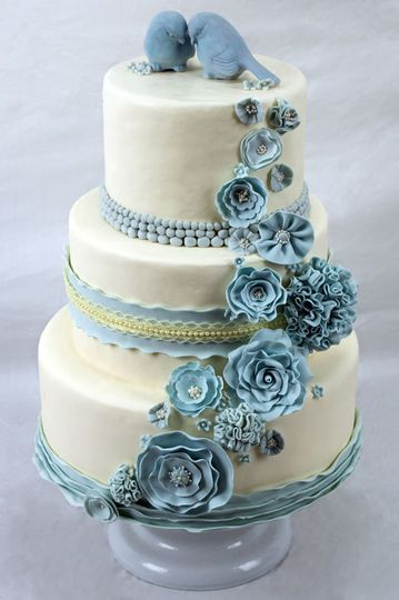 "This wedding cake provides the ""something blue"" for today's lovebirds."