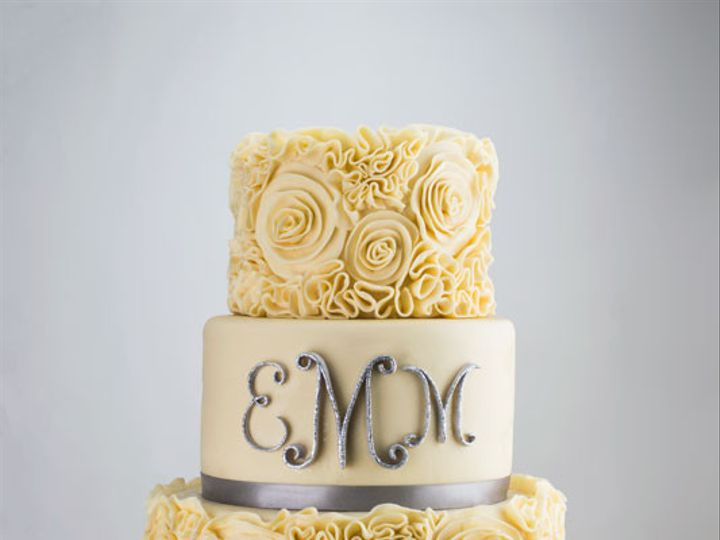Tmx 1435500260051 Emmweddingcake Bennington wedding cake