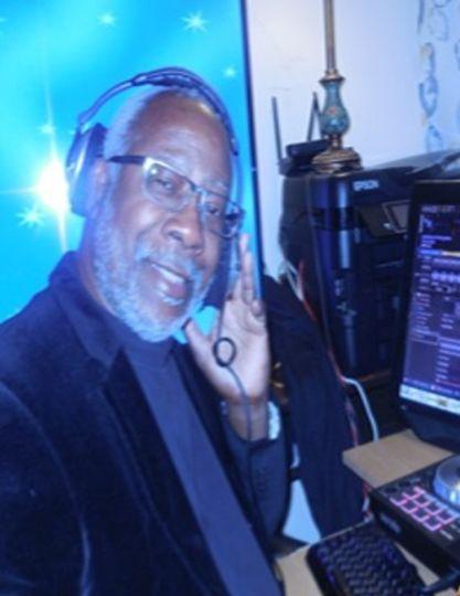 DJ Psyborg Chillin with Jazz