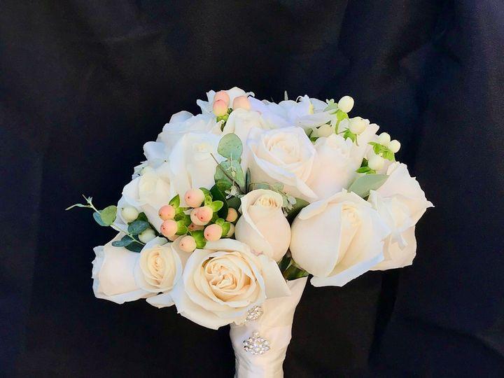 Tmx Img 9058 51 1953007 158666829447728 Chatsworth, CA wedding florist