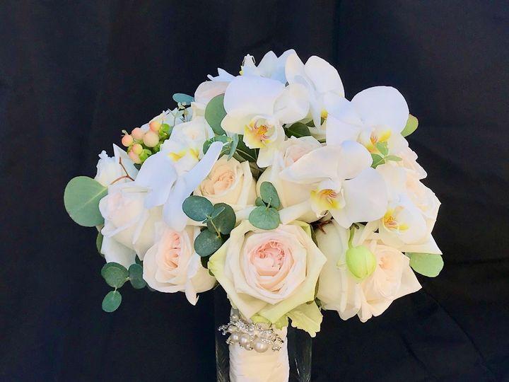 Tmx Img 9059 51 1953007 158666877832814 Chatsworth, CA wedding florist