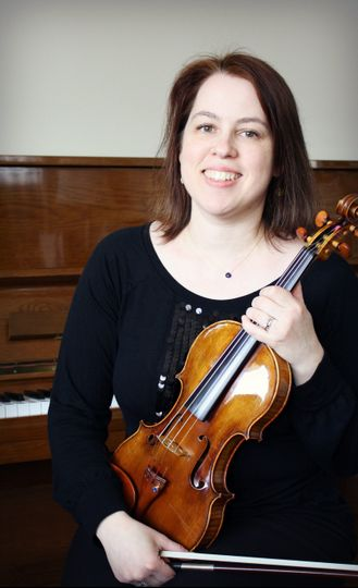 Kelly Roenicke, Violinist
