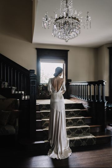 Bride by staircase - jaros