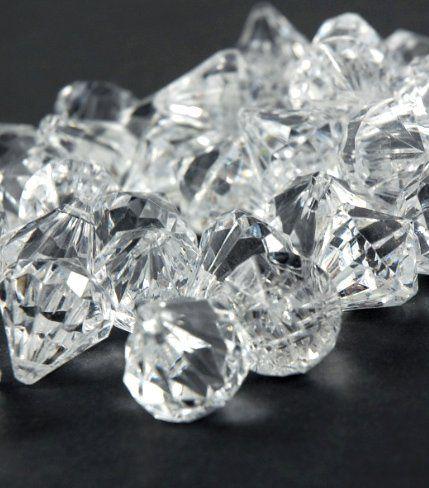 Acrylicgemdiamondsclear