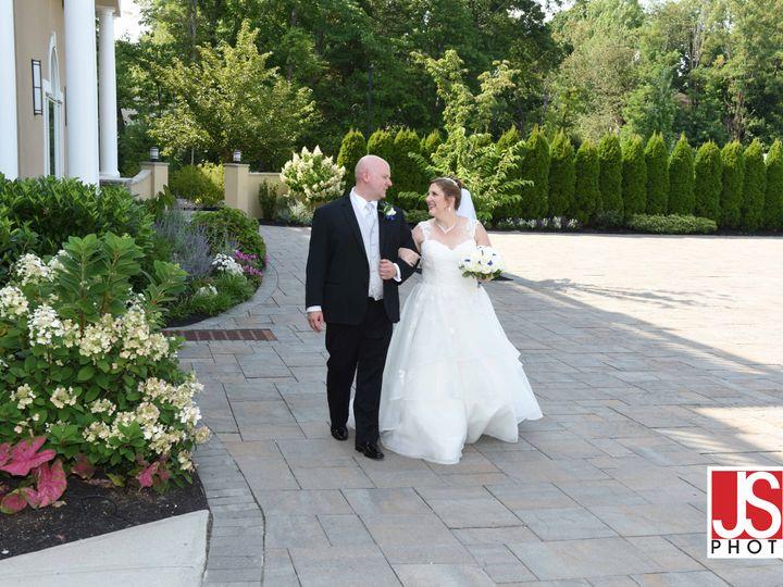 Tmx Bride And Groom On Patio 2 51 410107 161064722247724 Somerset, New Jersey wedding venue