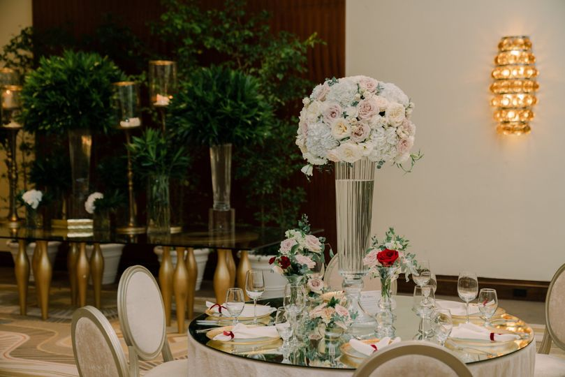 Elegant and stunning set up!