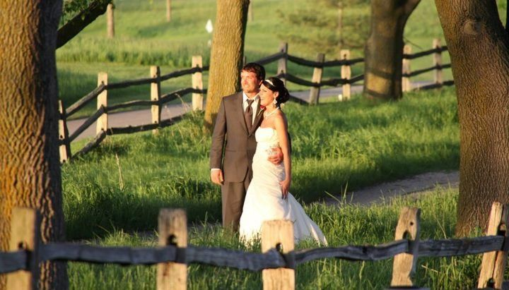 Beautiful locations for bride and groom photos