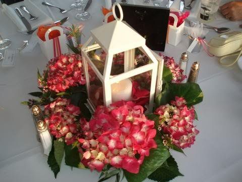 Wedding floral with candle centerpiece