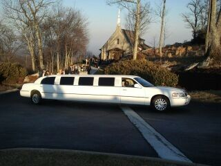 Tmx 1395741798015 Wedding At The Cliff Simpsonville wedding transportation
