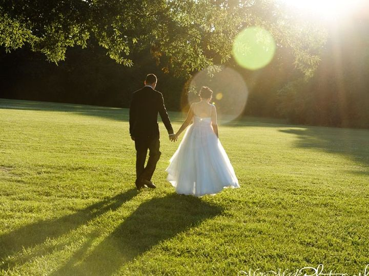 Tmx 1531501694 B55fde395cbb029c 1531501693 Ce21e88ab3cb672e 1531501704402 5 Walking1 Millville, New Jersey wedding dj