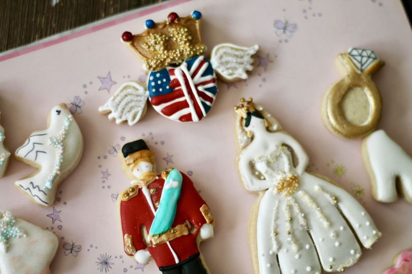 Royal Wedding Cookies/Customize Bride and Groom Cookies
