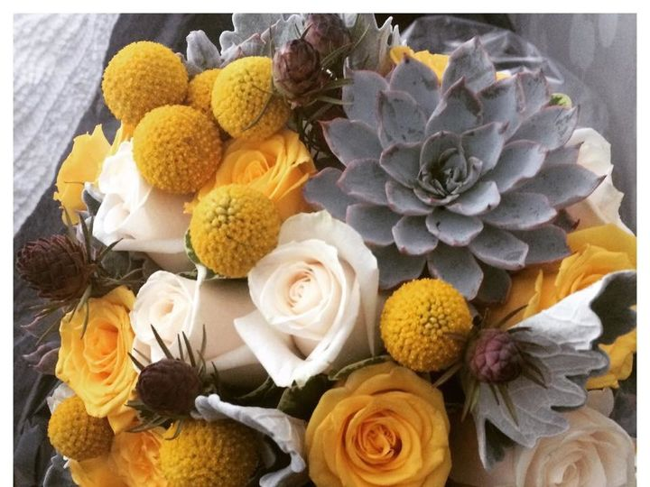 Tmx 1509982532864 112955514818757619617266601642232640349706n Lodi, New Jersey wedding florist