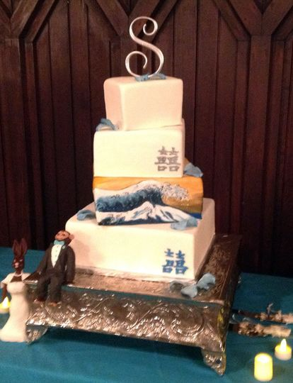 Southern Gold Leaf Cakes Wedding Cake Durham Nc Weddingwire