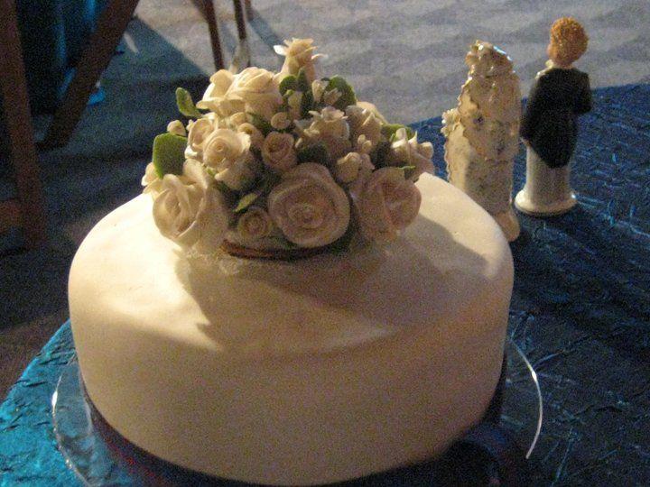 Tmx 1342794237767 Cakeandtopper Durham wedding cake
