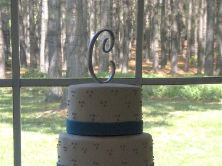 Tmx 1342794245177 ChanitaatPineLakecopy Durham wedding cake