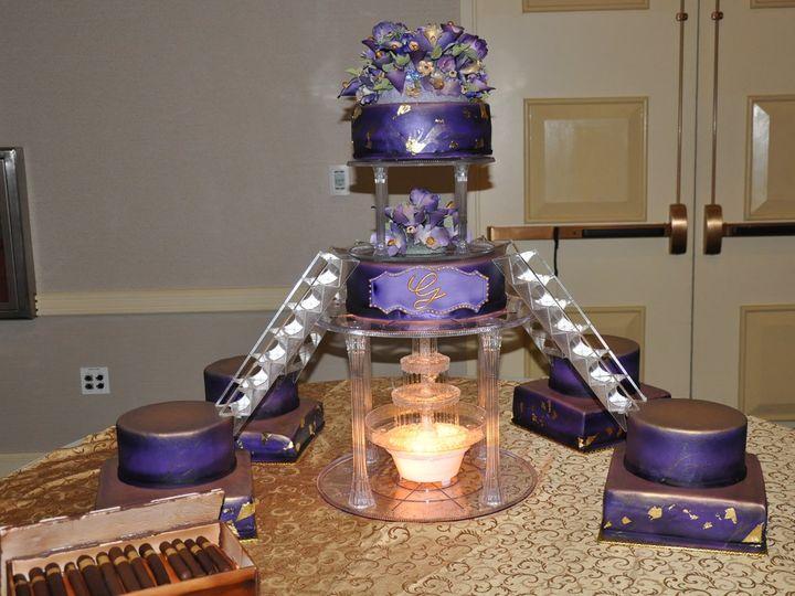 Tmx 1342794489496 FullFrameSwanwedding007 Durham wedding cake