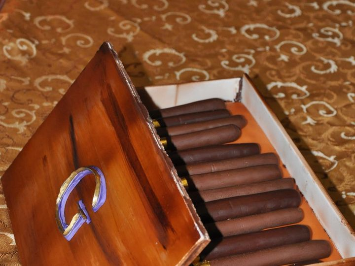Tmx 1357748738195 FullFrameSwanwedding010 Durham wedding cake