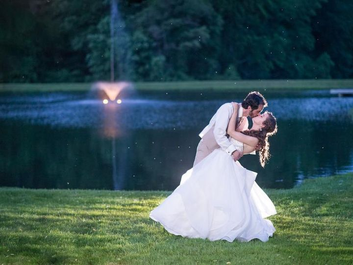 Tmx Twilight Pond Kiss 51 1207 159138159486321 Frederick, District Of Columbia wedding venue