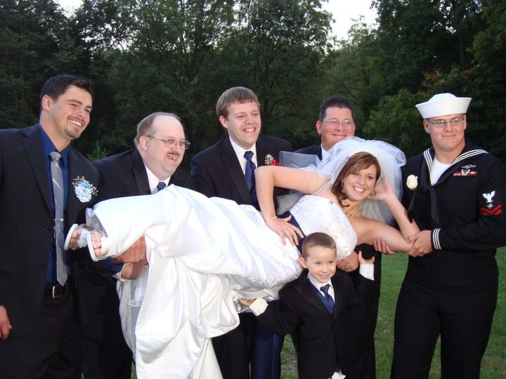 The bride with the groomsmen