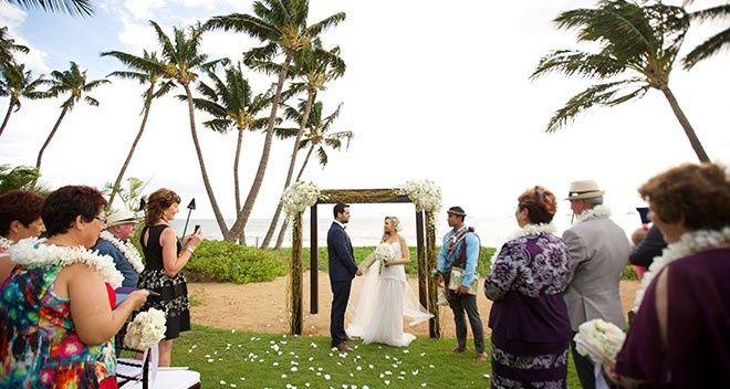 beach ceremony 660x352