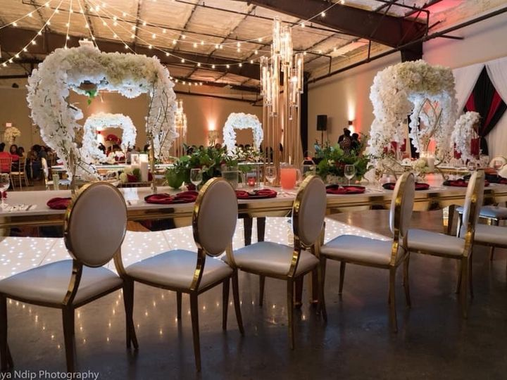 Tmx E6c80a4e E14c 4407 92c8 C8b2406f971a 51 1962207 158834637479361 Philadelphia, PA wedding florist