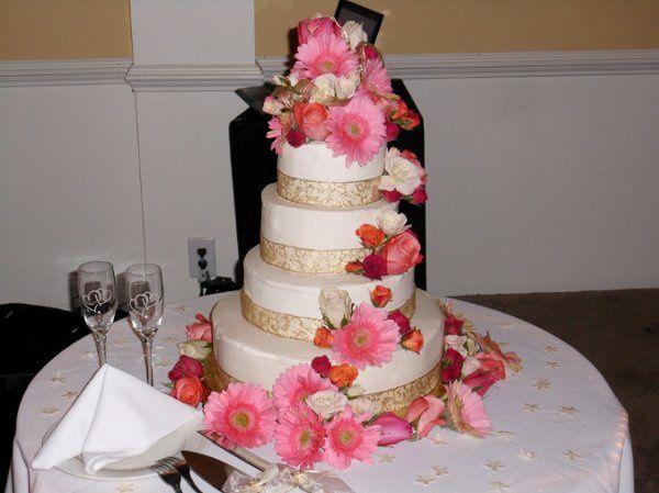 Tmx 1294120737457 October2010133 Advance wedding cake