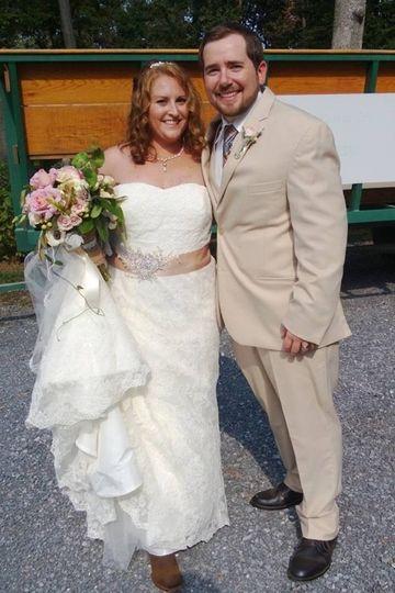 wedding couples andrea adam serra valley