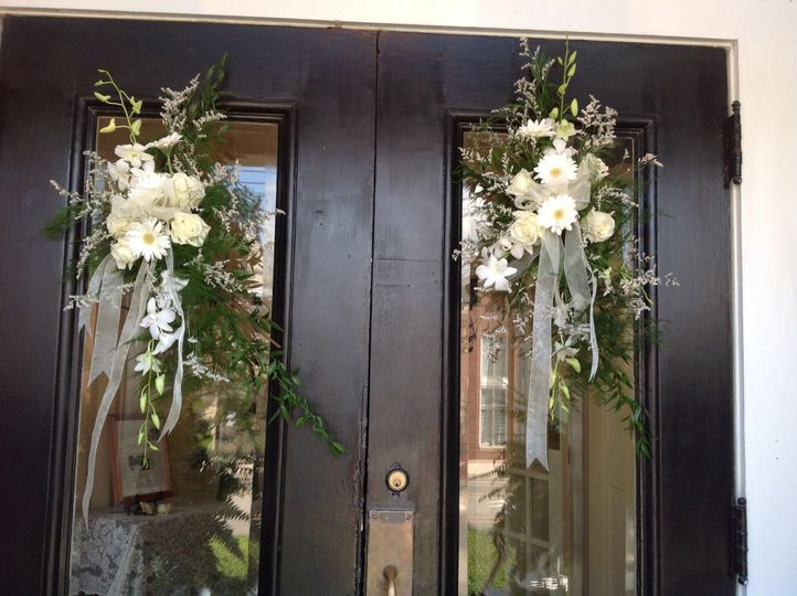 Flower decoration hung at the door
