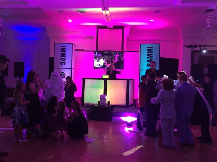 Tmx Img 6851 51 1905207 158812663636307 Hurleyville, NY wedding dj