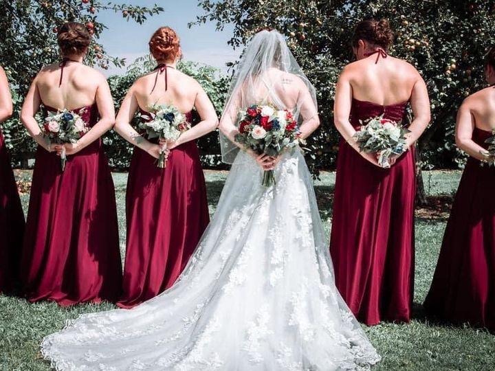 Tmx Bn Back Bridal Party 51 1895207 160917762814607 Afton, MN wedding florist