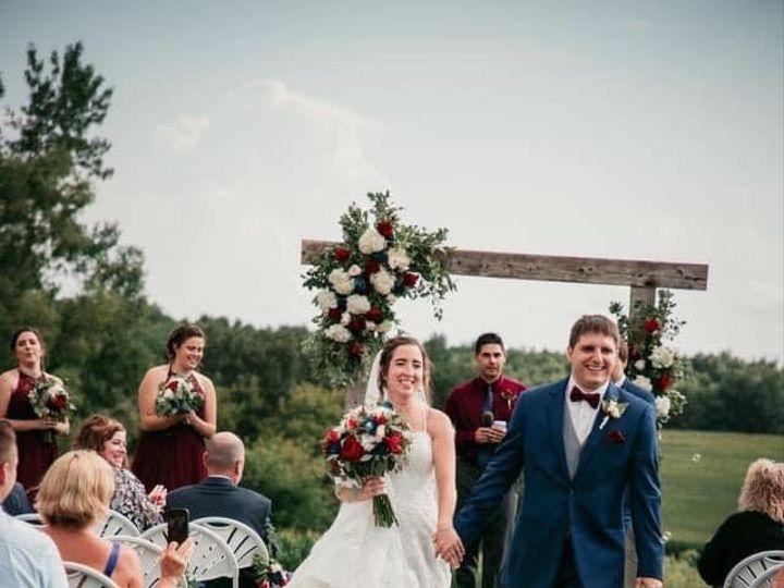 Tmx Bn Couple Aisle 51 1895207 160917762819321 Afton, MN wedding florist