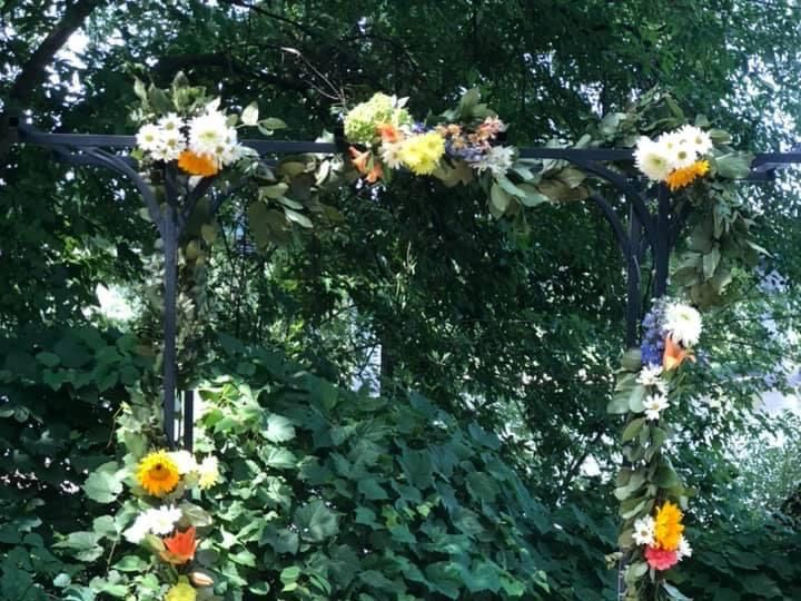 Tmx Ks Arch 51 1895207 160917763384369 Afton, MN wedding florist