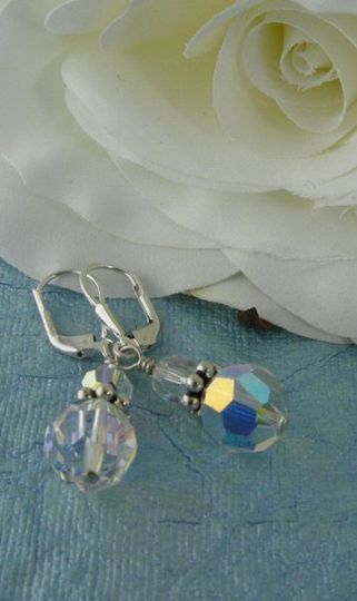 clearcrystalwithdaisyspacerearrings