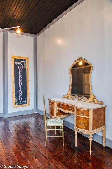 Bridal quarters