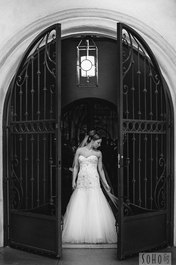 Bride by the gate