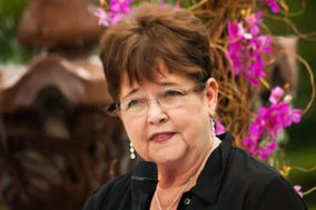 Peggy M. Lewis, Life Cycle Celebrant