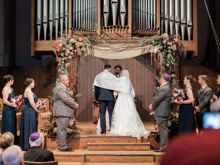 Tmx 1516657431 3513b729a7373b6f 1516657429 Ac2f990ab5abc0f9 1516657428849 8 IMG 3322 Maplewood wedding florist