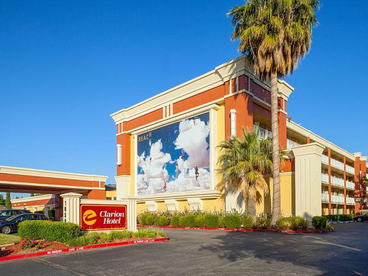 Tmx 1531771951 334cb06841749271 1531771948 E1c067892369a51c 1531771945125 14 Clarion Hotel Ext Concord, California wedding venue