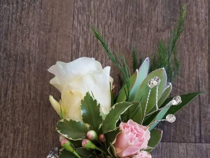 Tmx Boutonnier 26 51 434307 1564606684 Lake Elsinore, CA wedding rental