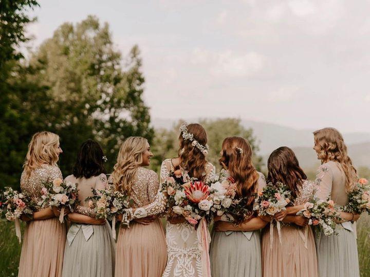 Tmx Img 7107 1 51 1764307 1563889997 Lenoir, NC wedding florist