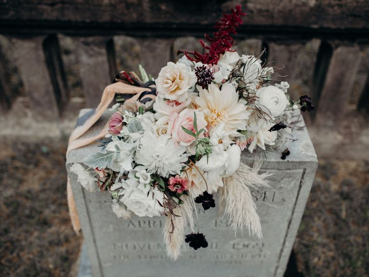 Tmx Img 8847 51 1764307 1571768859 Lenoir, NC wedding florist