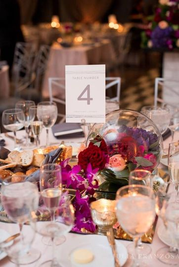 Table number and decor