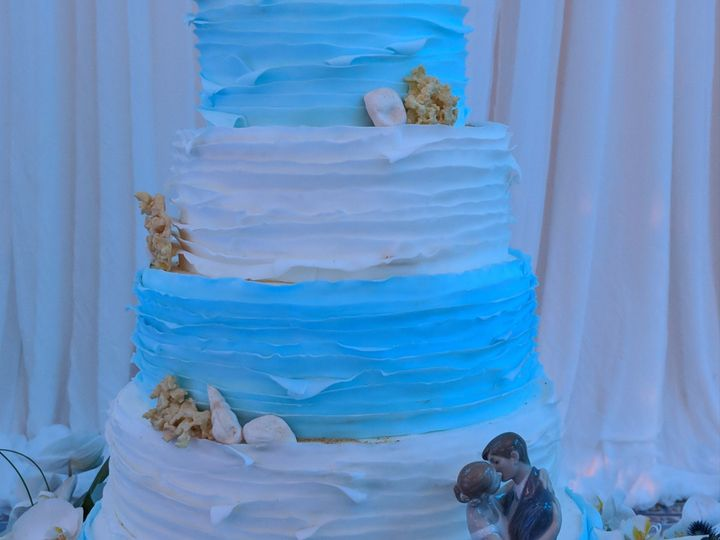Tmx 00000img 00000 Burst20180922192618630 Cover 51 1865307 1566454933 Fort Washington, MD wedding cake