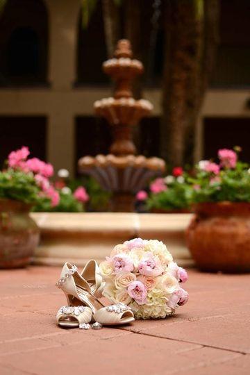 kristin woolf bridal bouquet