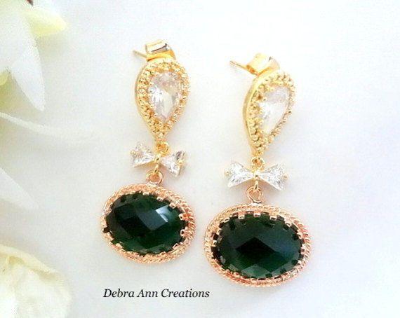 Tmx 1526613552 Ece1b687ff361034 1526613551 B9a97b143f6ba75b 1526617125686 3 Emerald Crystal Ea Rochester, NY wedding jewelry