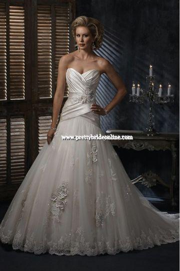 Dior Bridal Salon - Dress & Attire - Hamburg, MI - WeddingWire