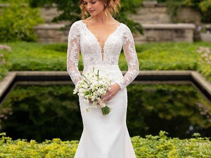 Tmx 80015734 10162868969465191 7662671364909694976 O 51 36307 159431555640920 Hamburg, Michigan wedding dress